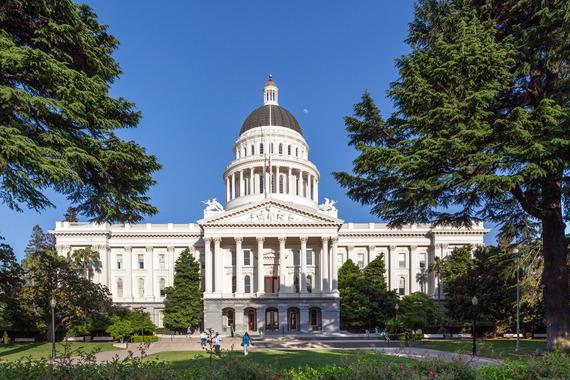 2015-09-08-1441701778-6452389-Sacramento_Capitol_2013.jpg