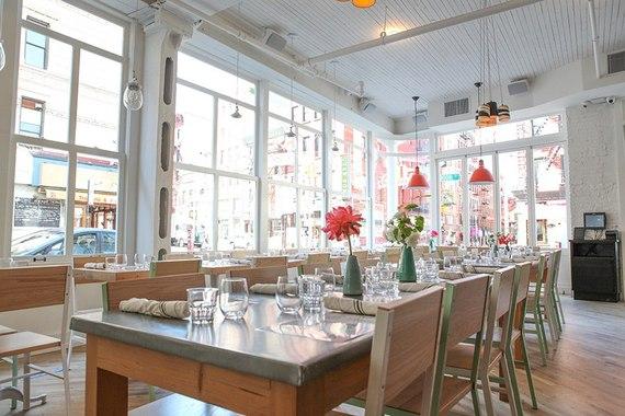 2015-09-09-1441819011-2670510-item0.rendition.slideshowHorizontal.summerrestaurants01.jpg