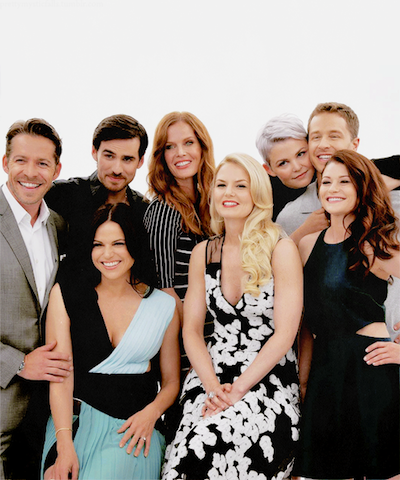 2015-09-11-1441933371-3382796-thecast.png