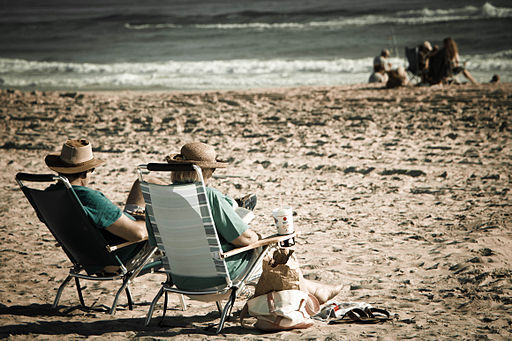 2015-09-11-1441937887-1596367-cAn_old_couple_relaxing_on_the_beach.jpg
