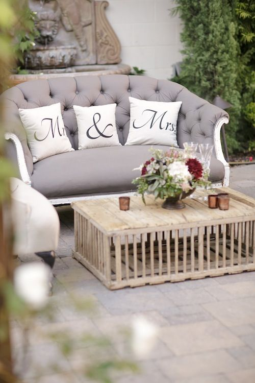 Lounge Looks for Wedding and Receptions | HuffPost Life