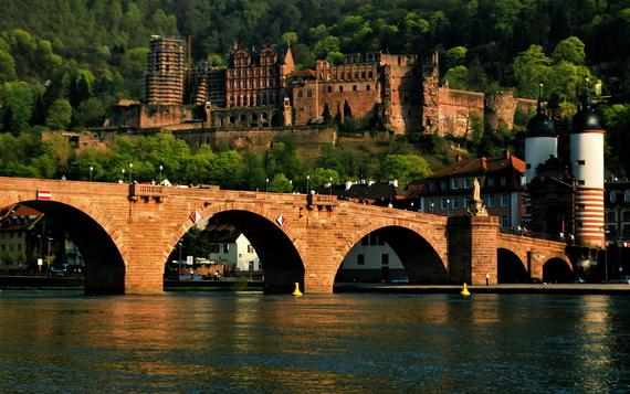 2015-09-12-1442068448-4994964-Heidelberg_Castle_and_Bridgeforblog.jpg