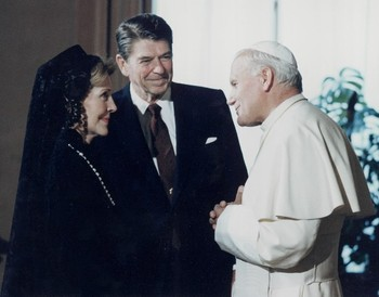 2015-09-13-1442153667-5294029-veil_nancy_reagan.jpg