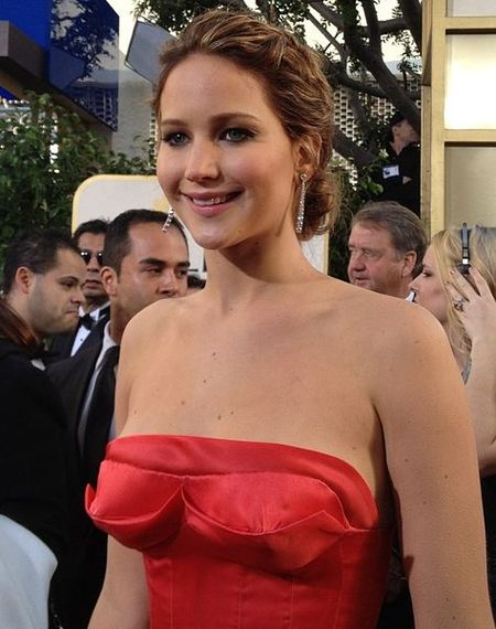 2015-09-14-1442206880-8603507-474pxJennifer_Lawrence_2_2013.jpg
