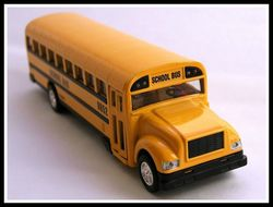2015-09-17-1442455335-108877-bus.jpg