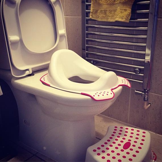 2015-09-20-1442764400-8695910-ToiletTrainingViewFromADaddycopy.jpg