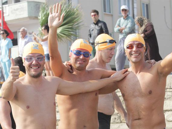 2015-09-21-1442829352-7385650-HappySwimmers.jpg