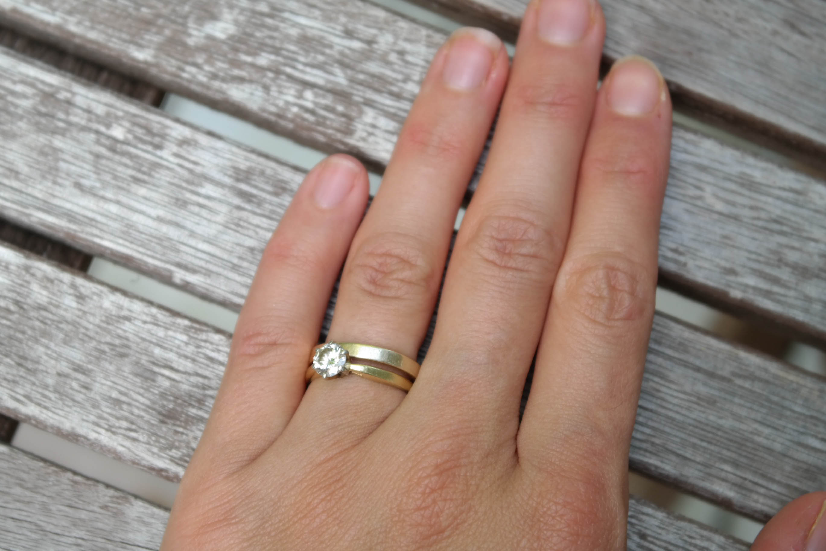 Why I Don 39 T Wear My Engagement Ring Huffpost