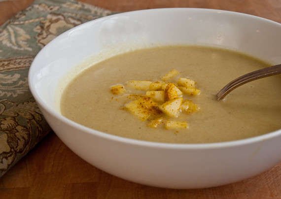 2015-09-22-1442887417-819421-curriedcauliflowerapplesoup575x408.jpg