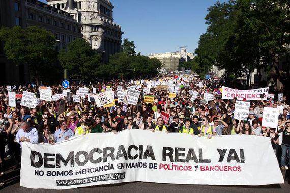 2015-09-22-1442940395-2547852-PodemosDemocracy.jpg