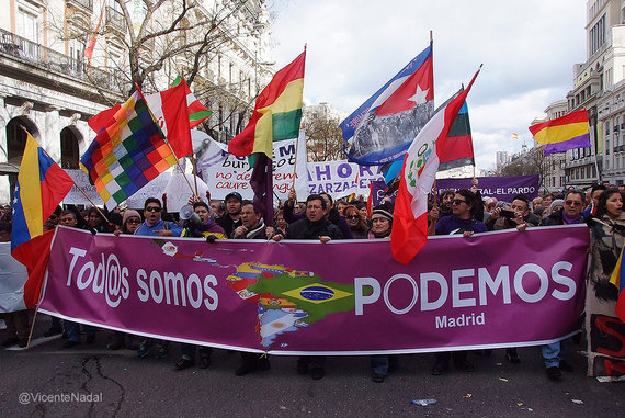 2015-09-22-1442940786-9837282-Podemos.jpg