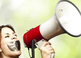 2015-09-24-1443111363-6604019-womensvoices.jpg