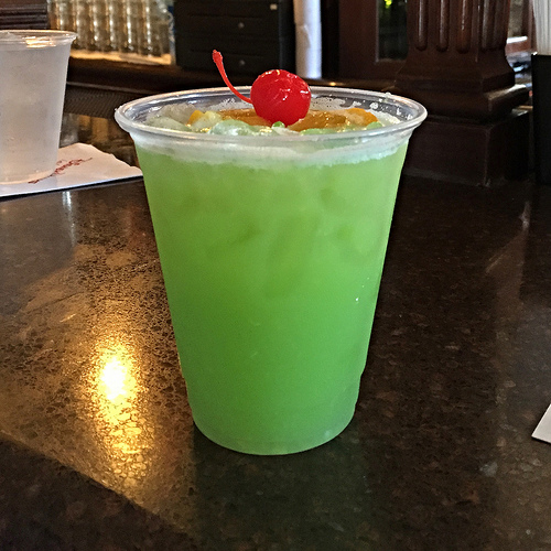 A guide to drinking around the world at disney 39 s epcot for Cocktail florida