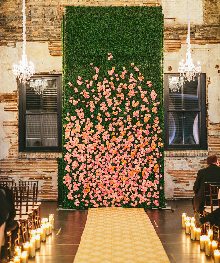 Wall Decoration Ideas Wedding: 10 Unexpected Ways To Use Florals At Your Wedding