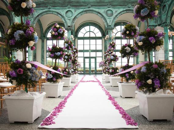 2015-09-28-1443445507-5236219-wedding4.jpg
