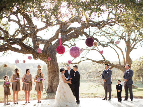 2015-09-28-1443445706-2292335-wedding6.jpg