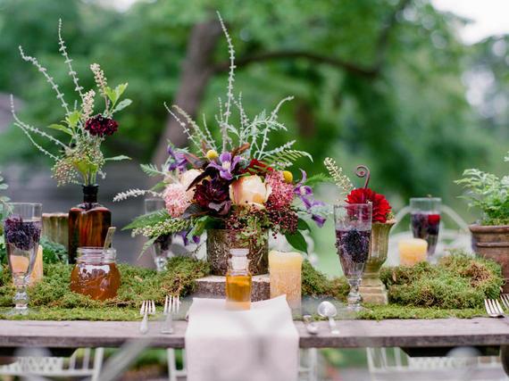 2015-09-28-1443446080-5394023-wedding10.jpg
