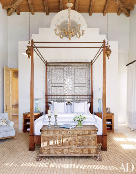 The Most Beautiful And Romantic Canopy Beds /Four Poster Bed   2015-09-29-1443540647-885978-fourposterbeds01.jpg