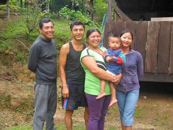 2015-09-29-1443550744-5204812-Ecuador_Jungle_Homestay_Delfin_FamilySean_Russo_2013IMG1398_Md_RGB2.jpg