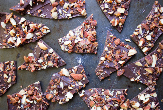 Make Chocolate Bacon Bark Only Using 3 Ingredients | HuffPost