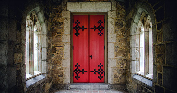 2015-10-02-1443798121-3115695-churchdoor.jpg