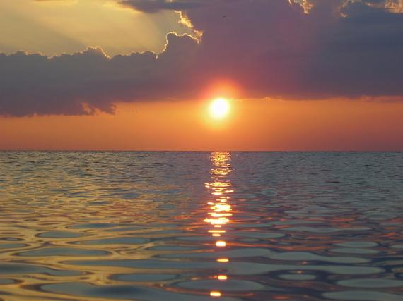 2015-10-02-1443810614-1922734-sunset13999301600x1200.jpg