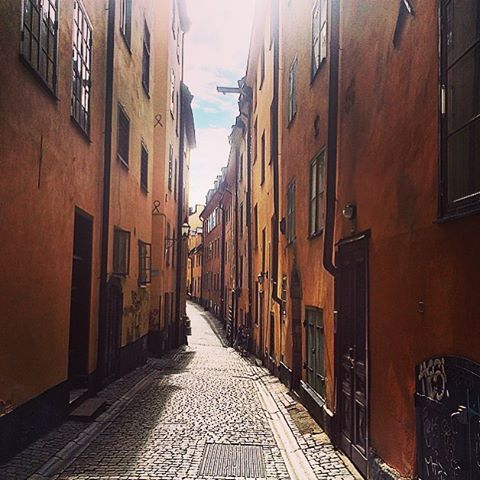 2015-10-03-1443878076-5212665-swedenstreets1.jpg