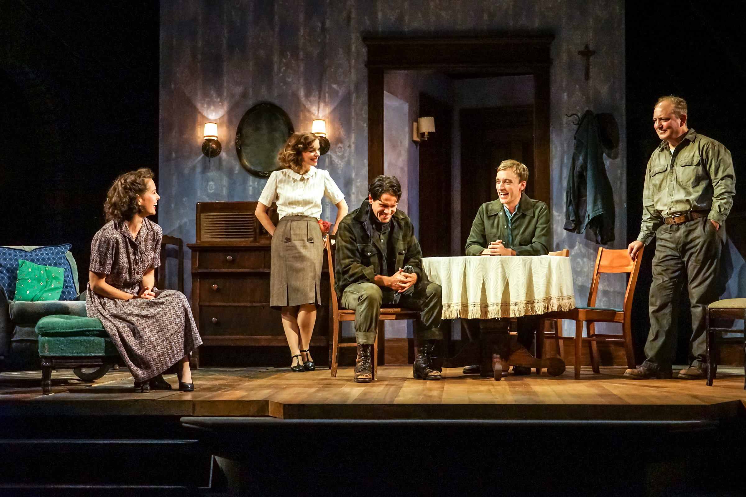 A View from the Bridge review – Miller reinvented with visceral power