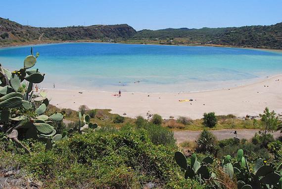 2015-10-06-1444143235-4022804-Pantelleria.jpg