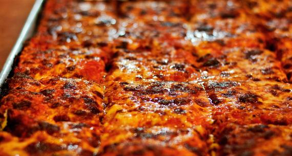 2015-10-07-1444224899-7220348-Pizza_6.jpeg