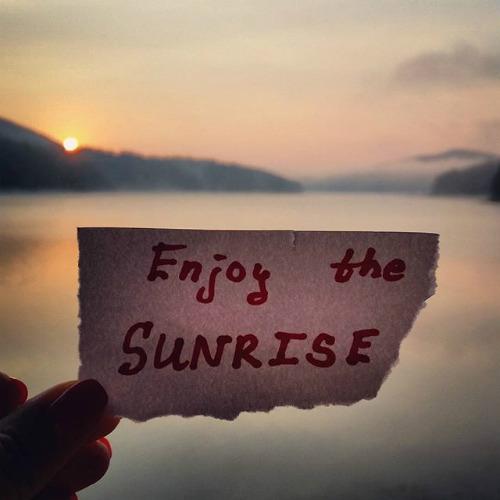 2015-10-08-1444283008-5594809-sunrise.jpg
