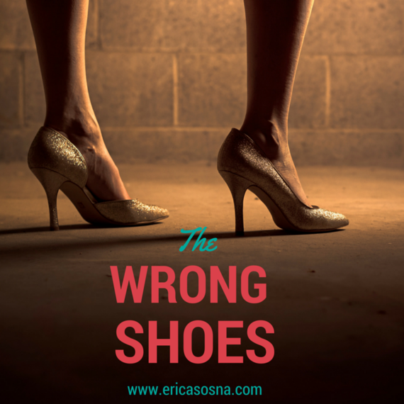 2015-10-09-1444396616-5835291-WrongShoes.png