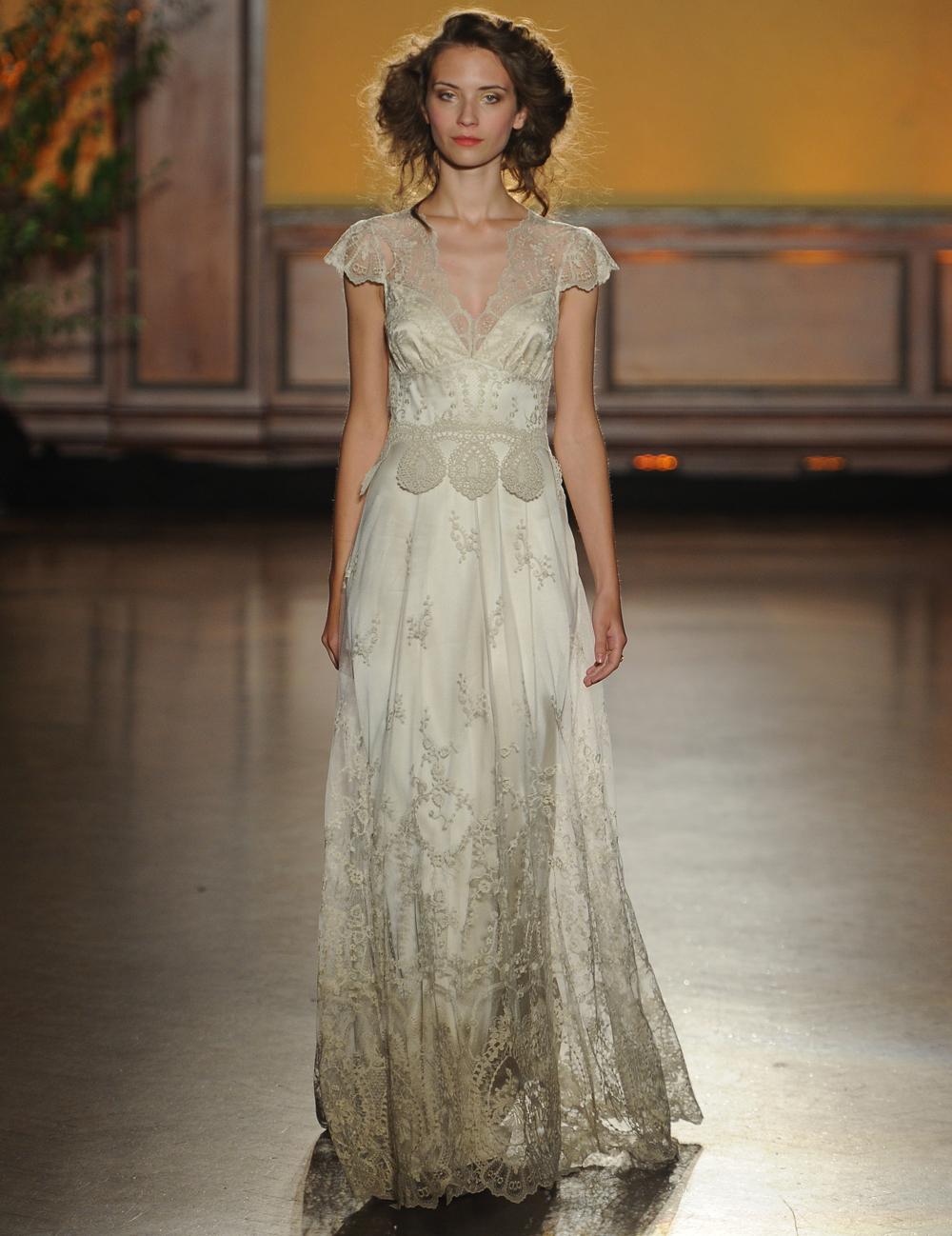 a01393da1f83 Claire Pettibone's Fall 2016 Wedding Dresses Take Us Back To The ...