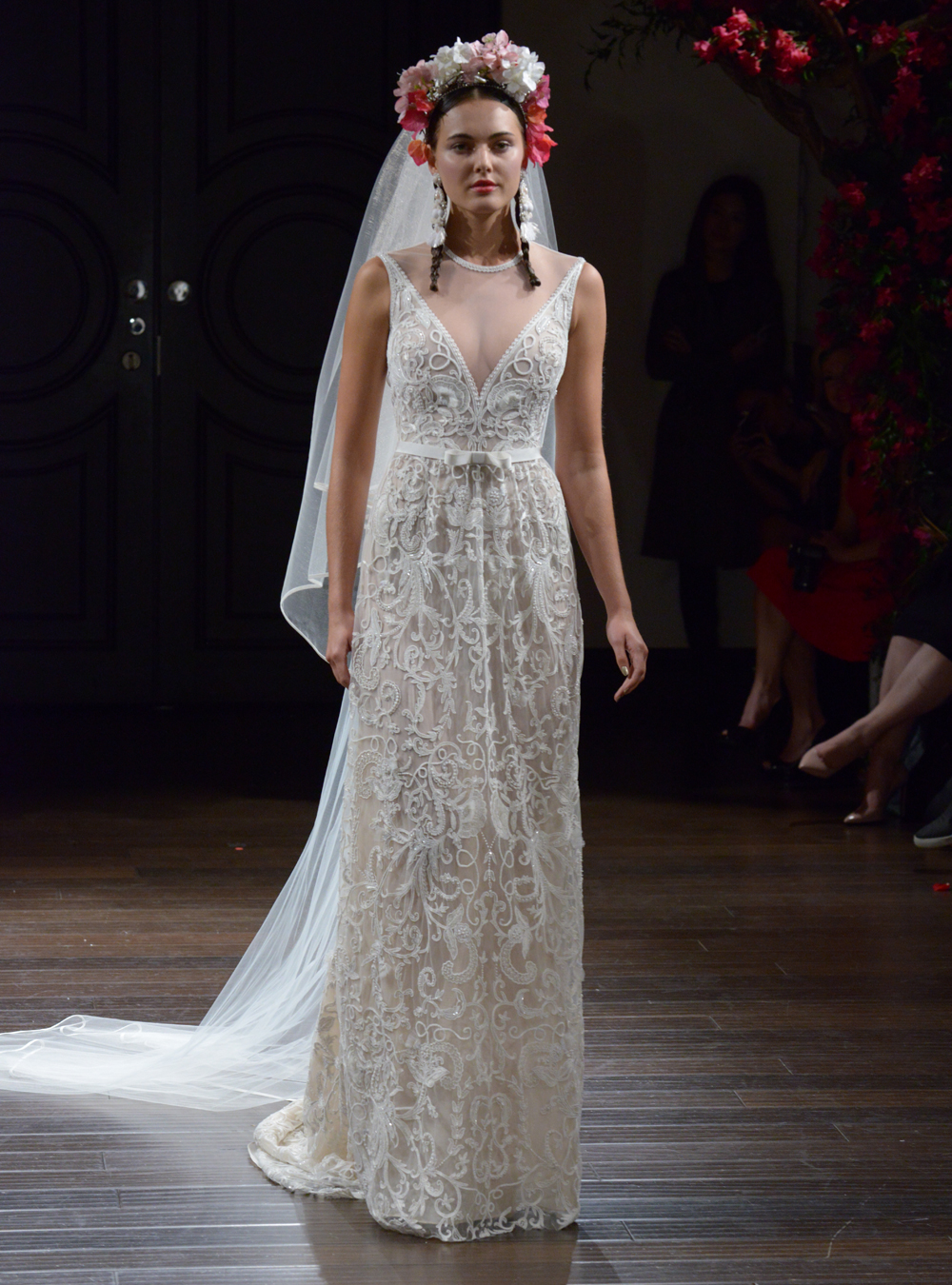 Naeem Khan S Fall 2016 Wedding Dress Collection Is Boldly
