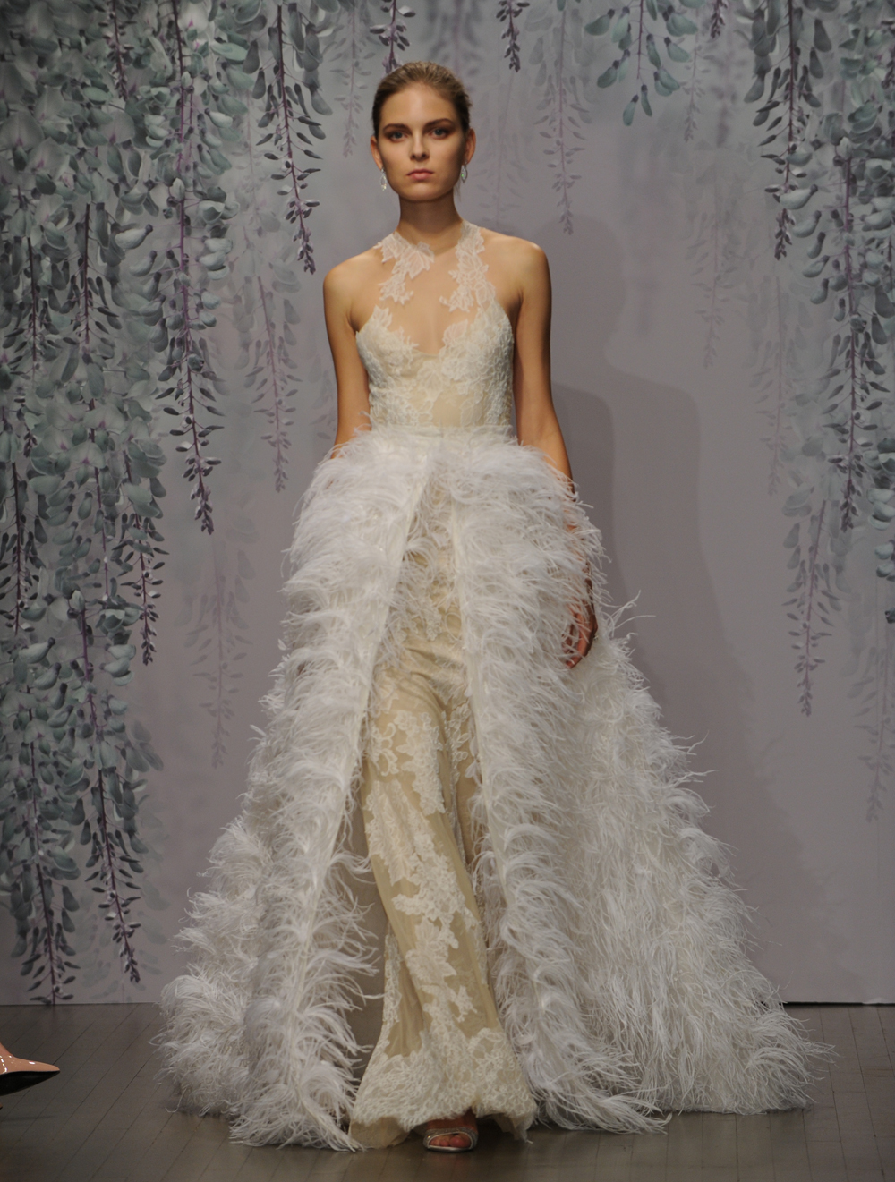 Here Is Every Gown From Monique Lhuillier S Fall 2016 Wedding
