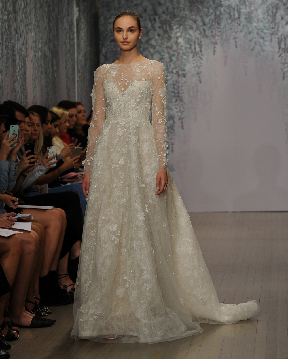 Monique Lhuillier S Fall 2016 Wedding Dress Collection Is