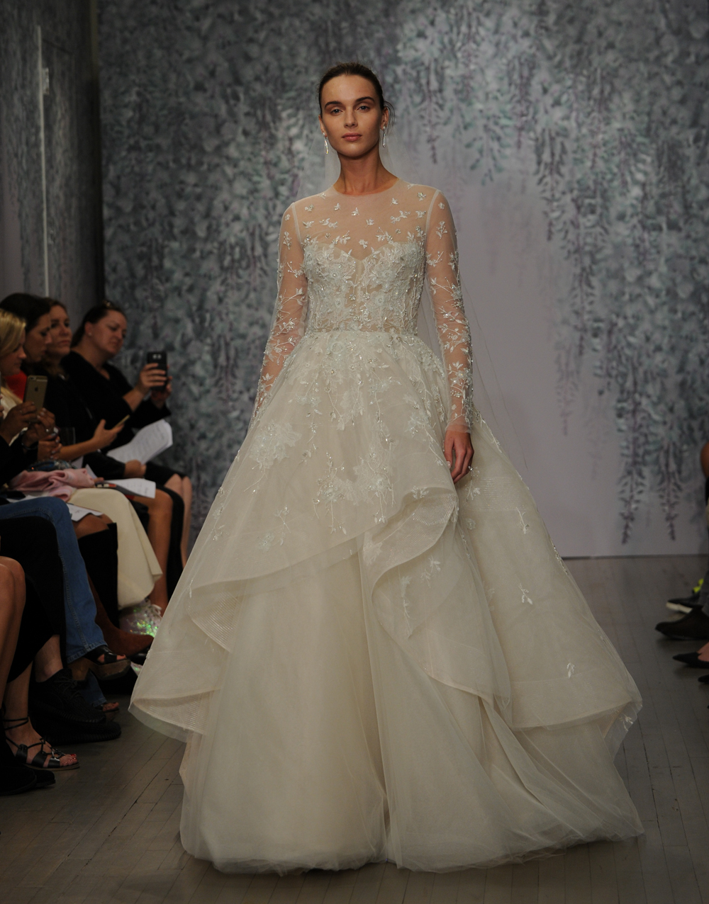 Here Is Every Gown From Monique Lhuillier\'s Fall 2016 Wedding Dress ...