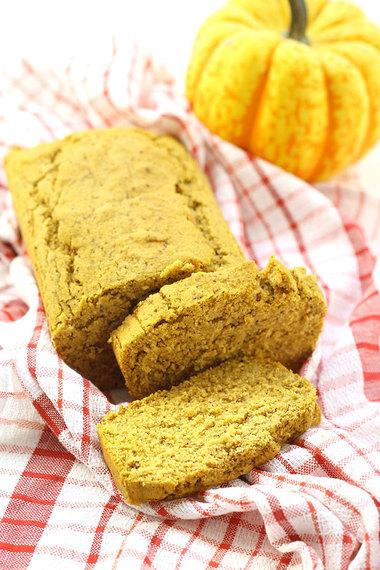 pumpkin corn bread via the healthy maven