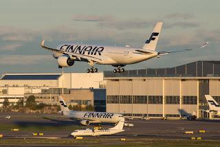 2015-10-12-1444677651-2431061-FinnairA350XWBLanding.jpg