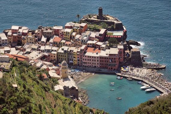 2015-10-14-1444811915-3604275-Italy_Vernazza_Flickr_Photolupi.jpg