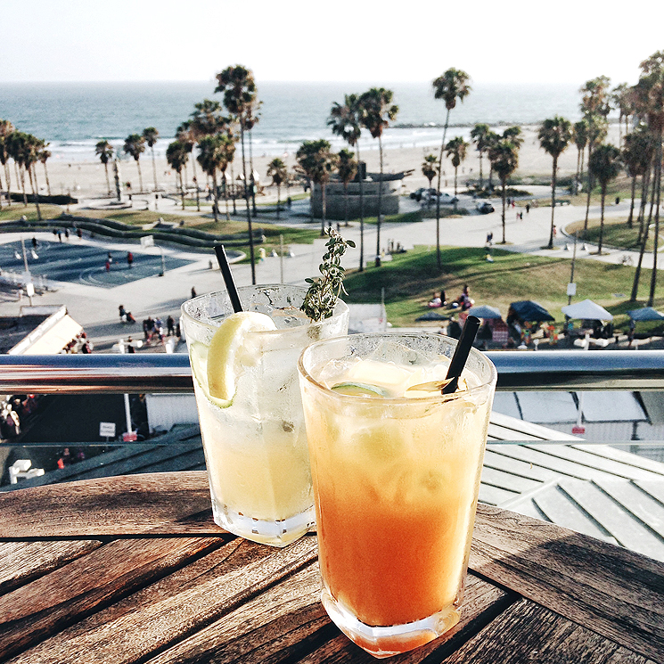 how to do venice beach like a local huffpost. Black Bedroom Furniture Sets. Home Design Ideas