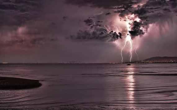 2015-10-16-1445005881-706499-lightningstorm.jpg