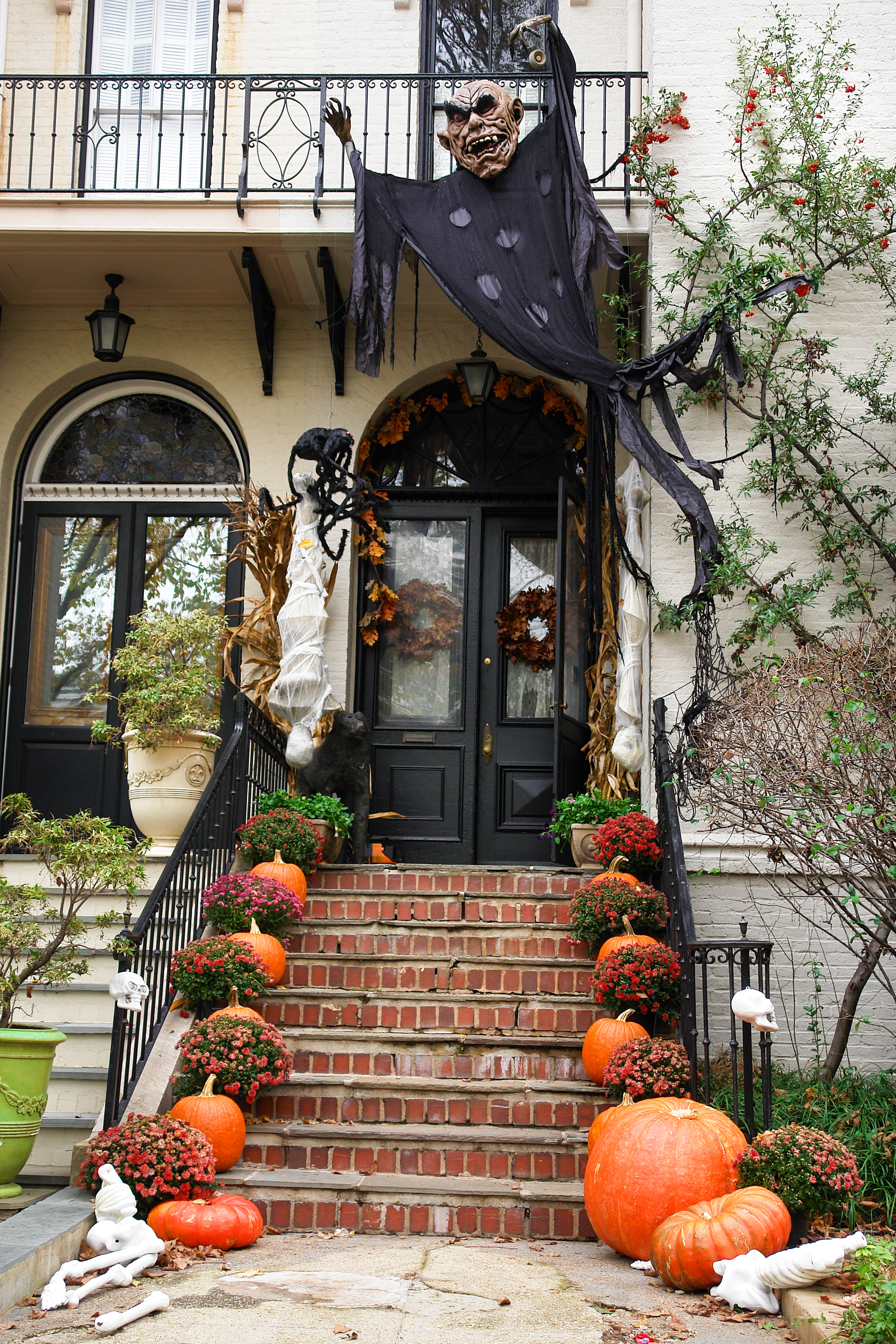 5 Styles For A Modern Haunted House What Is Yours