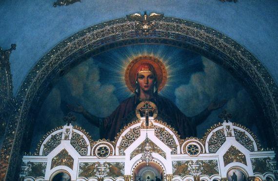 2015-10-16-1445032104-4168635-St.SophiaNave.jpg