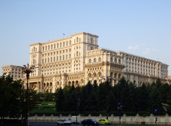 2015-10-18-1445178810-6269394-BucharestparliamentBuilding.jpg
