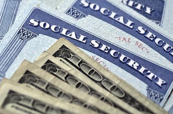2015-10-19-1445255471-2804853-social_security_check.jpg