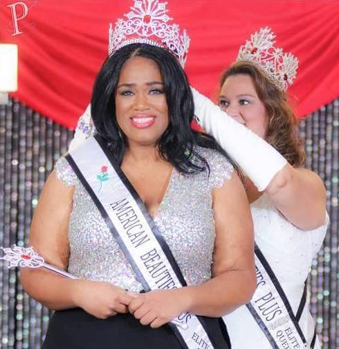 Plus-Size Model Wins Beauty Pageant That Celebrates Curves | HuffPost