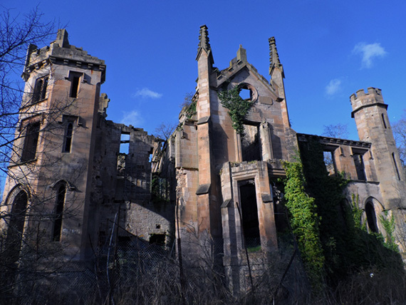 6 Creepy Abandoned Mansions From Around the World | HuffPost