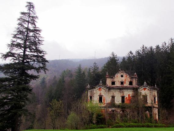 Abandoned Villa In Lake Como Italy