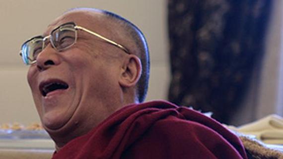 2015-10-19-1445287924-8106836-Dalailamalaugh.png